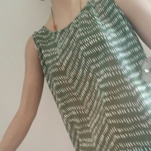 ✂Old Navy sheer tank
